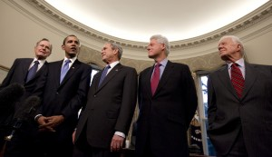 President George W. Bush hosts President-elect Barack Obama, and former presidents, from left, George H.W. Bush,  Bill Clinton and Jimmy Carter, Wednesday, Jan. 7, 2009, in the Oval Office of the White House in Washington.  (AP Photo/J. Scott Applewhite)