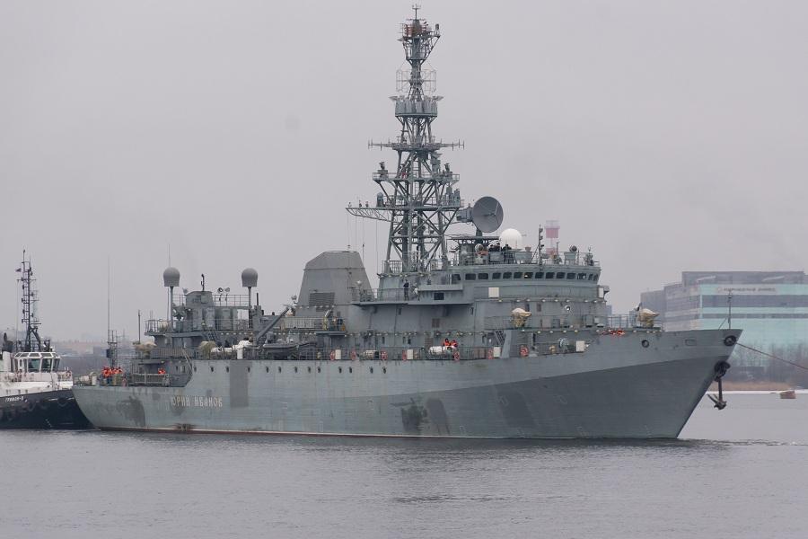 руски разузнавателен кораб