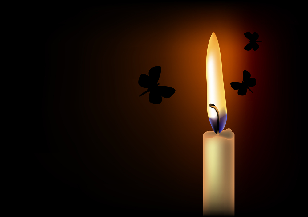 трите пеперуди и пламъка