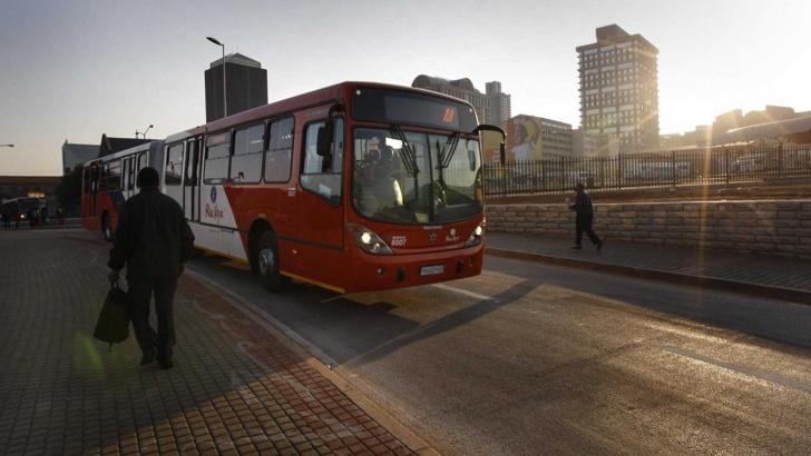 автобус без шофьор