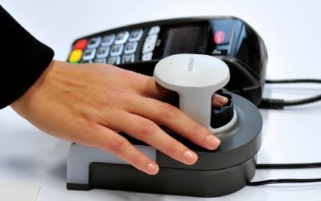 пръстов отпечатък при банкиране