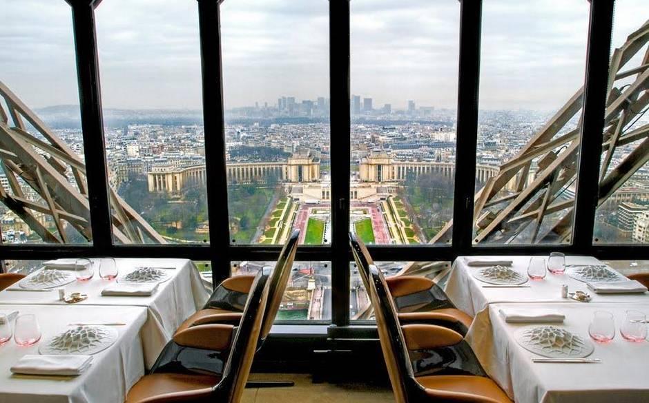 ресторант в Айфеловата кула