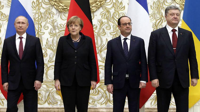 Петро Порошенко, Владимир Путин, Франсоа Оланд и Ангела Меркел