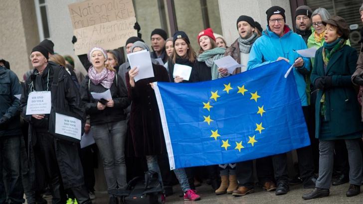 Холандия протест