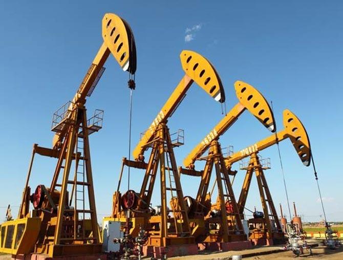 петролна сонда 2