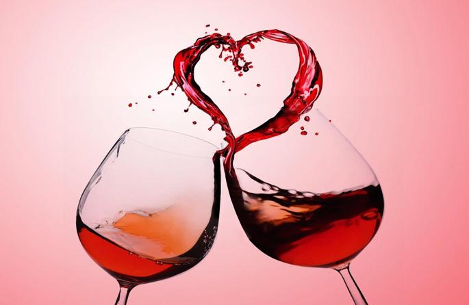 чаши с вино