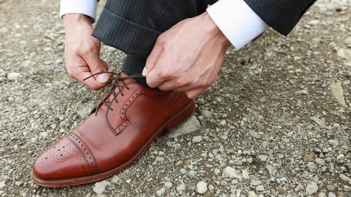 кафяви обувки