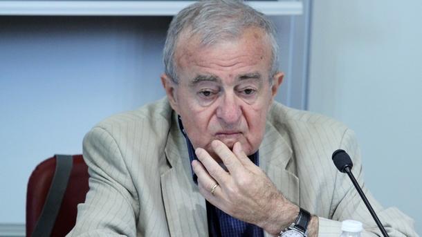 проф. Петков